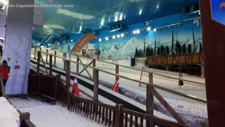 Como é o Parque Snowland?
