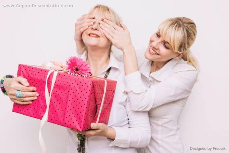 Presente para Mãe: o que dar no seu Aniversário