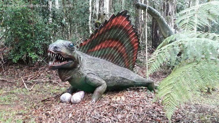 O parque inaugurado em 2014 na Serra Gaúcha foi inspirado nas cenas da trilogia de Jurrasic Park, de Steven Spielberg, possui cerca de 30 espécies...