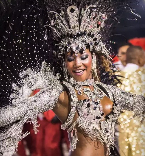 Cupom Desconto Ingresso Sapucaí Carnaval 2020 Arquibancada Rio de Janeiro