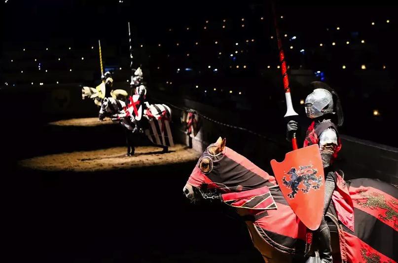 Cupom Desconto Torneio Medieval em Toronto com Jantar no Canadá